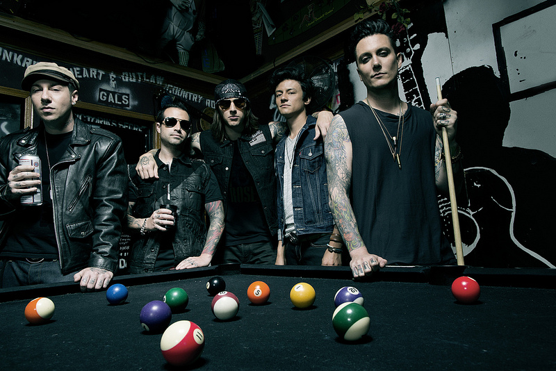 """Avenged Sevenfold1 Avenged Sevenfold Release First Cut Video For """"Unholy Confessions"""