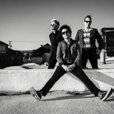 """Green Day Announce New Album, Release New Song """"Bang, Bang"""""""