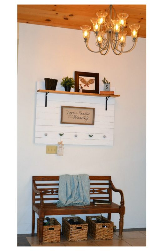 DIY Rustic Farmhouse Style Entry Way Coat Rack @ Treasuring the Moments.net