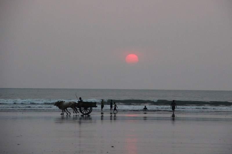 Ladghar beach sunset