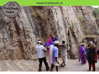 steps to fort ranthambore