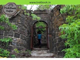 entry door (daravaja) of Kalyangad Fort, Nandgiri Village, Satara