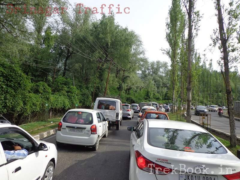 traffic jam srinagar