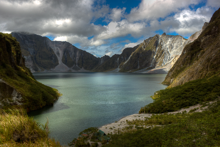 First view of the gorgeous crater lake of Pinatubo