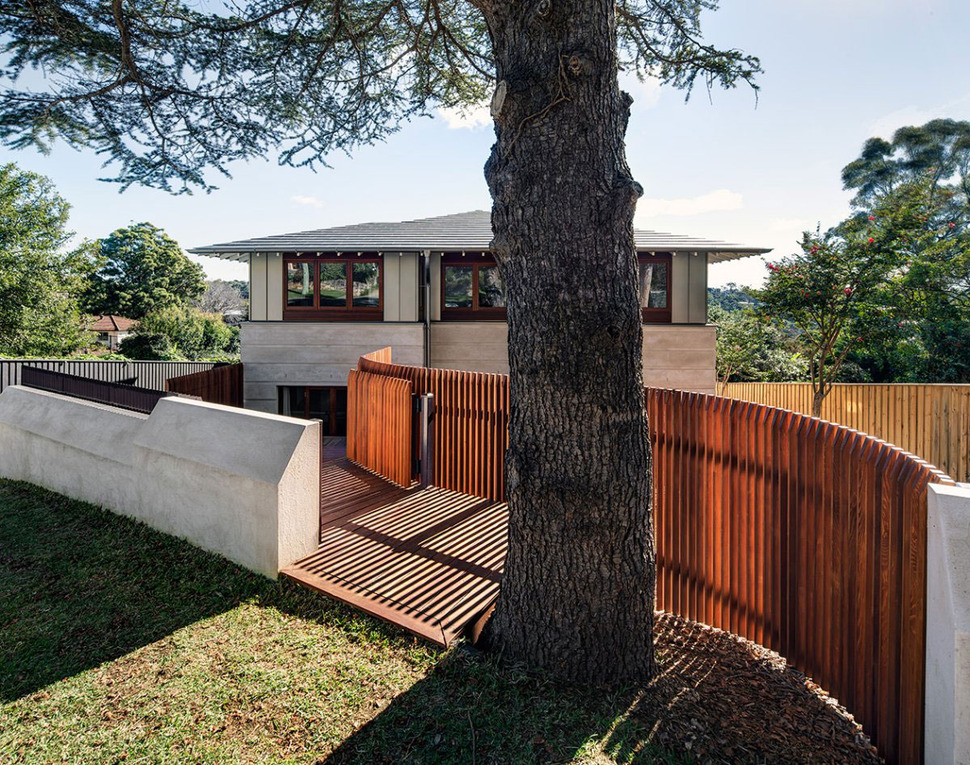 Terrasse Beton Fissure Australian Home With Spotted Gum Wood Details And Pool