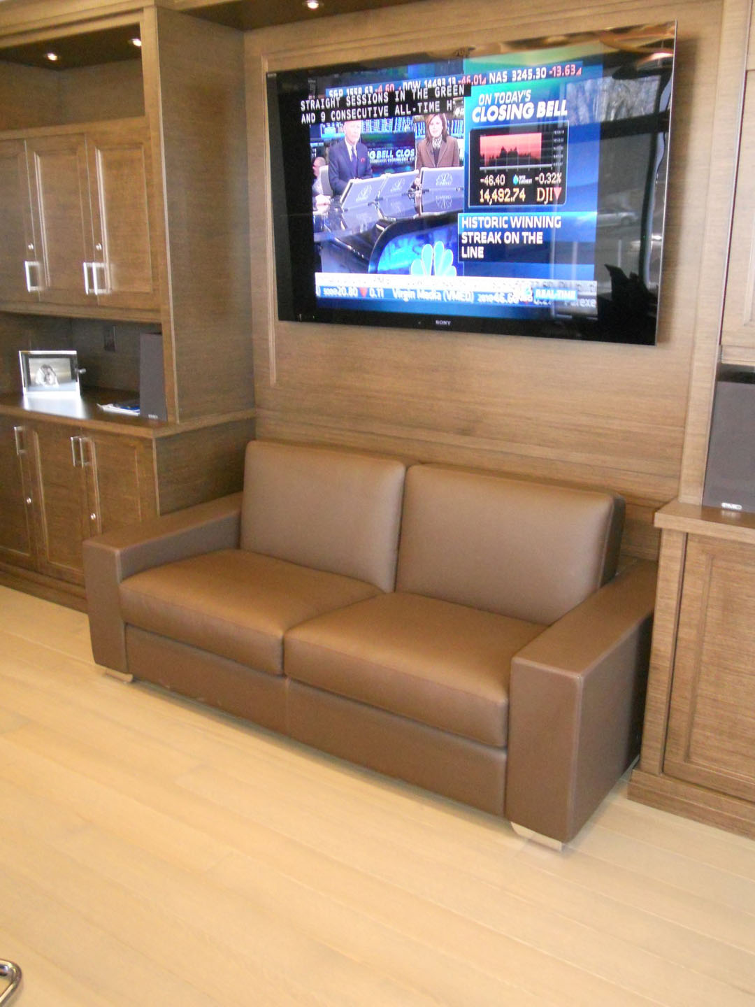Sofa North York Tribecca Financial North York Canada Trends And Trades