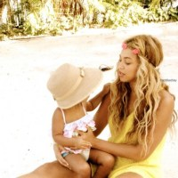 Guest Post: Swimwear (for Moms) To Flatter Your Shape