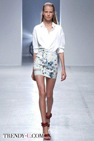 Короткая юбка и белая рубашка 2014