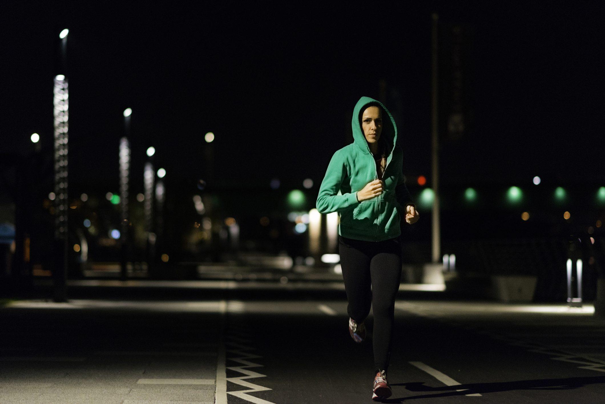 Hd Girl Wallpaper Print Surviving The Hazards Of Night Running Triathlon