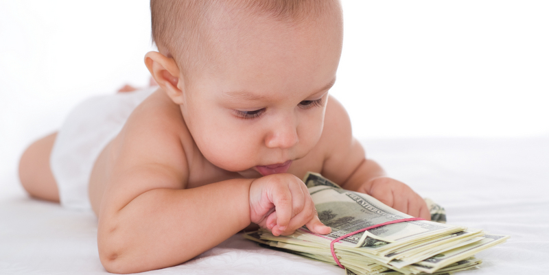 baby-counting-money
