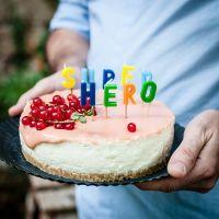 [von und mit: mi amor alfonso] birthday barbeque mit steaksandwich, hirse tabouleh, melonenpunch und cheesecake mit johannisbeercurd