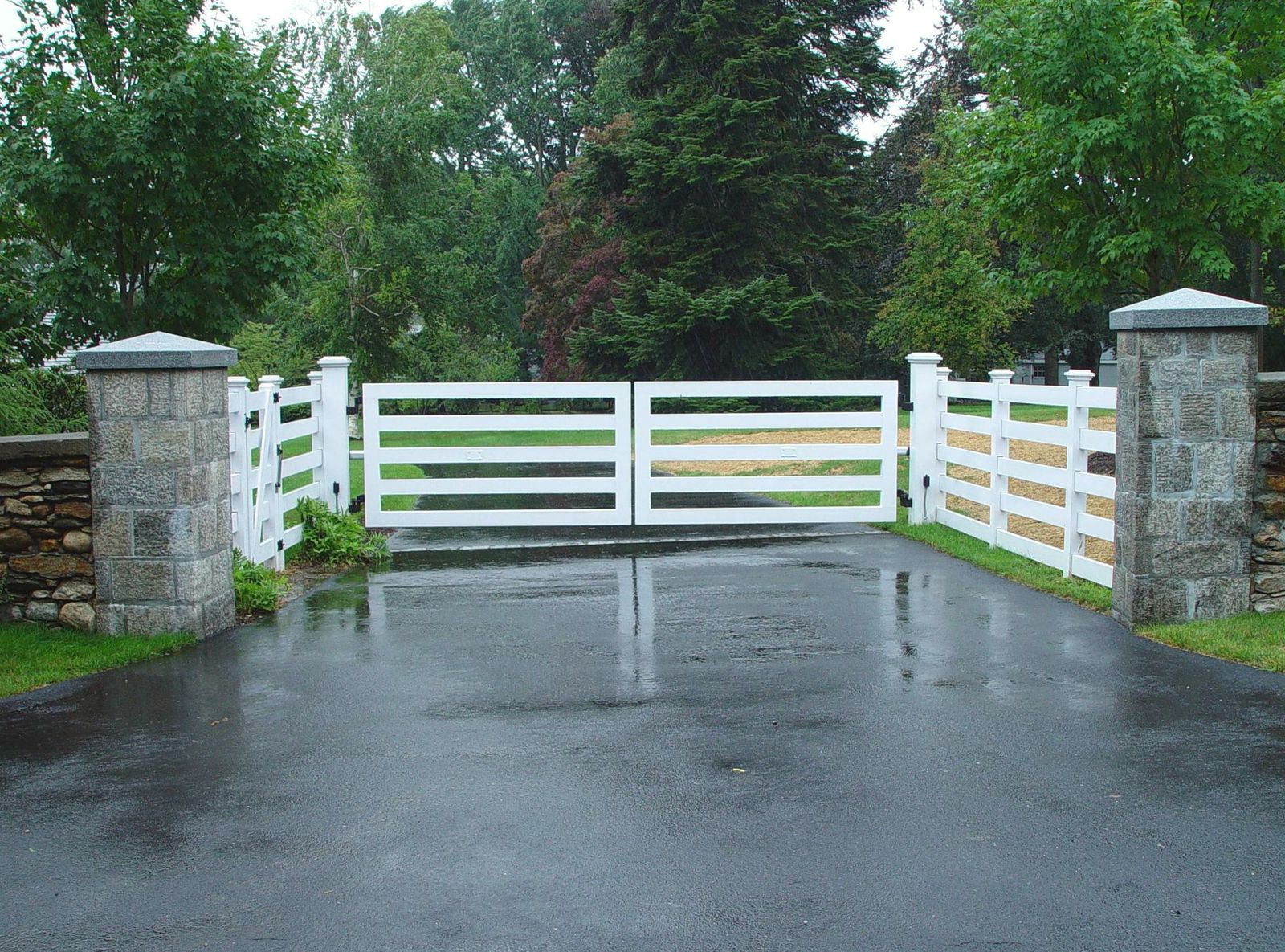 Modern Farmhouse Fence Wooden Driveway Gates Tri State Gate