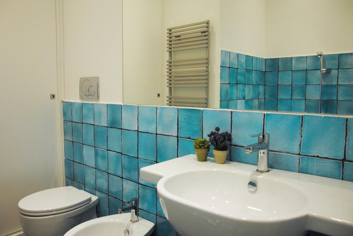 Bagni Moderni Verde Acqua : Piastrelle bagno verde smeraldo: bagno verde acqua. piastrelle bagno