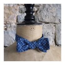 noeud-papillon-a-nouer-jeux-de-carres-bleu