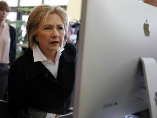 hillary-clinton-computer-reuters-640x480