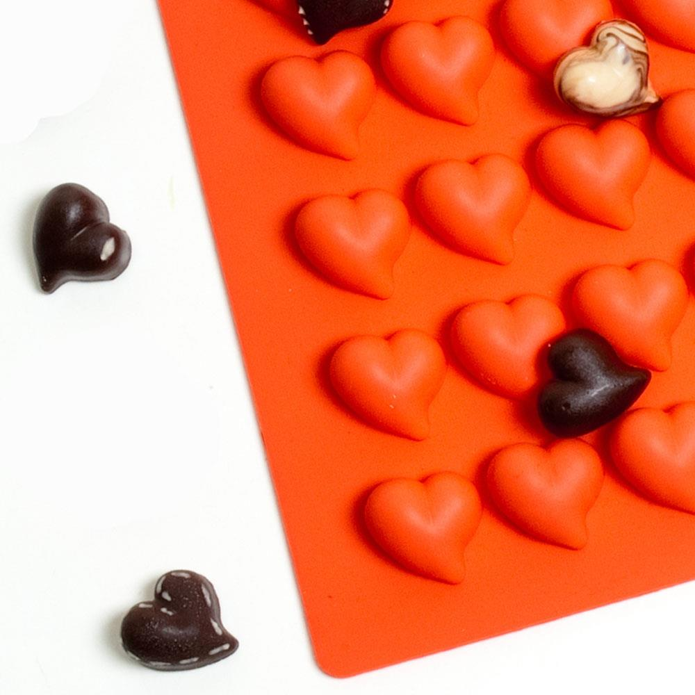Rolling Cart Heart Chocolate Mold (12g) | Truffly Made - Chocolate Molds