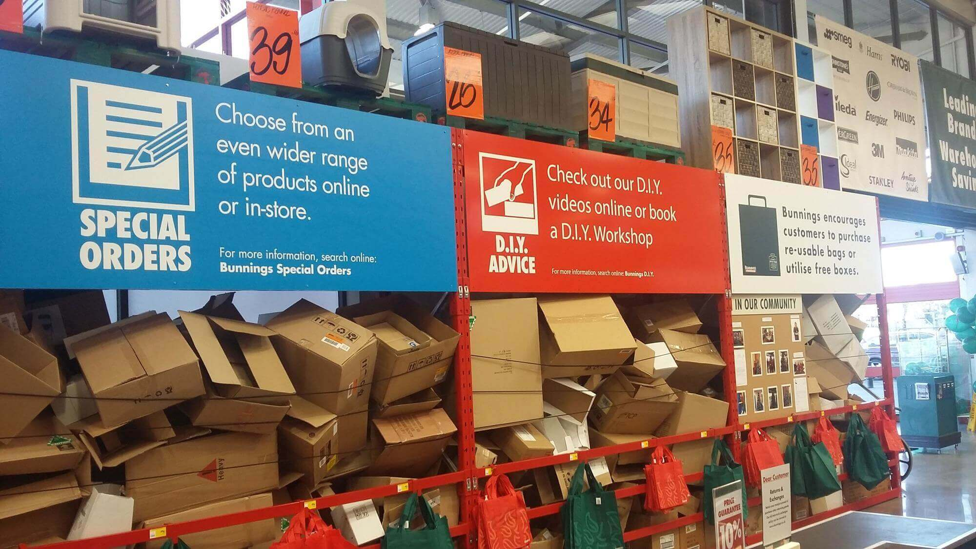 Bunnings Packing Boxes This Retail Brand Never Used Platic Bags And Has A