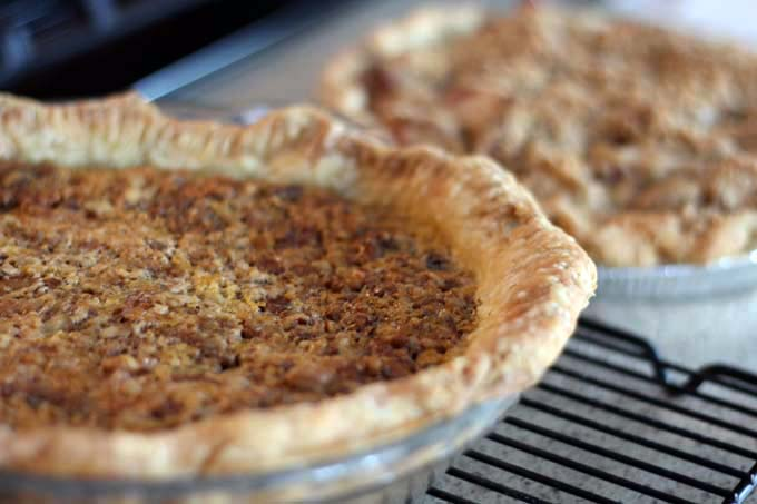 Pecan Pie and Apple Pie at the Holidays