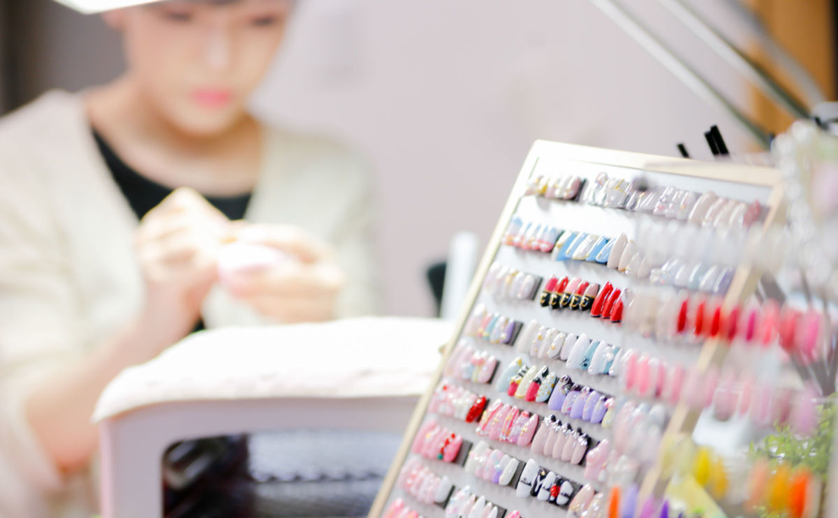 Nail Salon The Dangerous Low Paid World Of Nail Salons