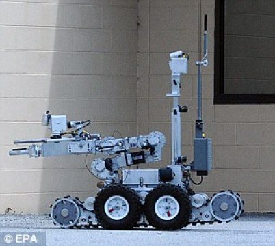 361DC42400000578-3683606-A_mechanical_tactical_robot_similar_to_the_one_used_to_kill_Mica-a-2_1468192990298