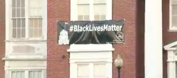 Massachusetts Cops Ask Mayor to Take Down Black Lives Matter Sign — Here's His Response (Video)