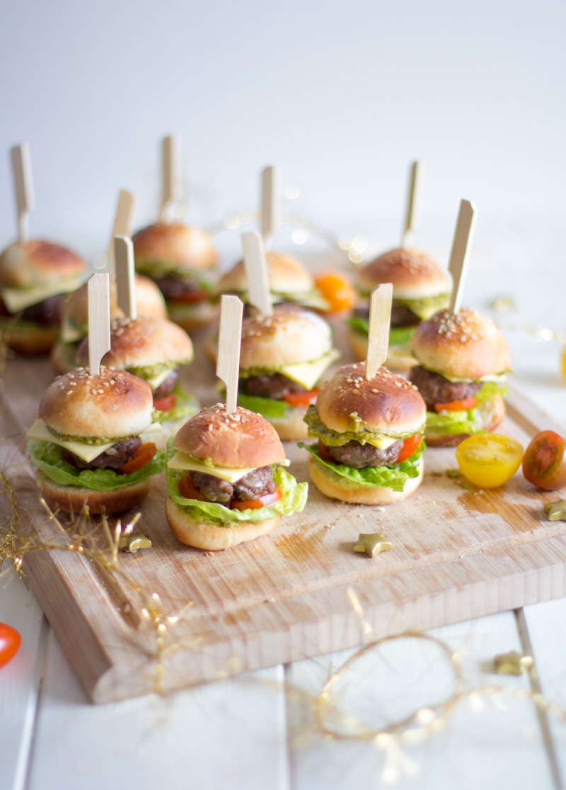 Kleine Party Snacks Der Perfekte Party Snack Mini Burger Trytrytry