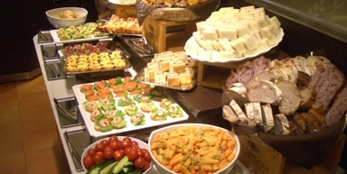 kyotomarui5 【京都でパン食べ放題】サンドッグイン京都マルイ【安いコスパ良】