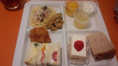 DSC 3466 500x281 新宿高野フルーツバー☆食べ放題に当日席で行ってきました
