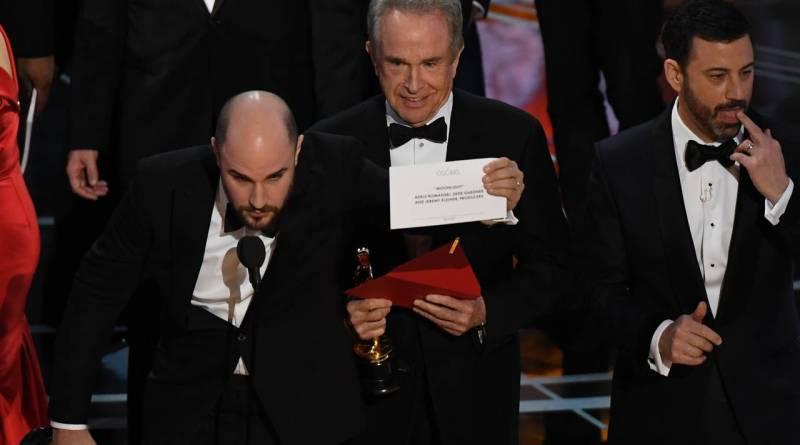 Jordan Horowitz, Jimmy Kimmel, and Warren Beatty, The Oscars