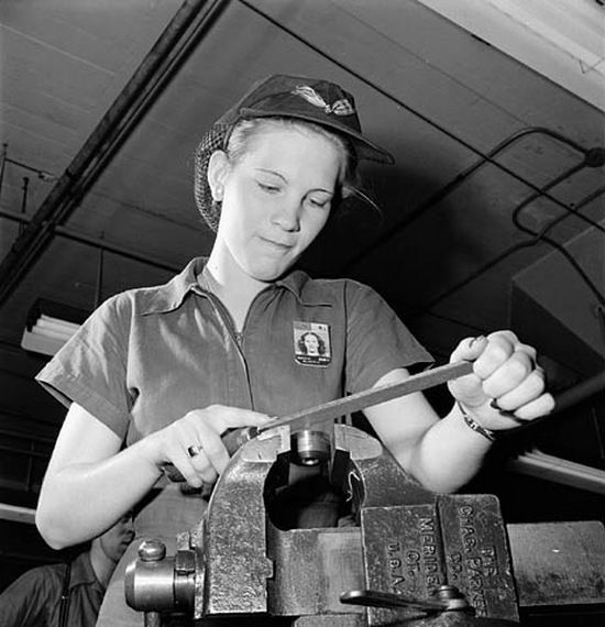 mujer-fabrica