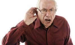 Mitos sobre las personas mayores (IV): Los mayores no se enteran de nada