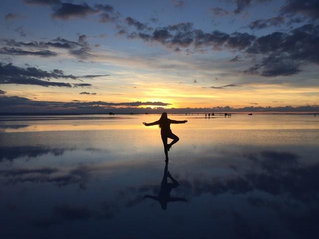 salar_uyuni_sunrise