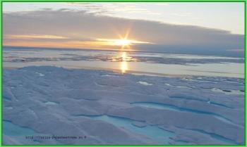 закат солнца над Северным Ледовитым океаном