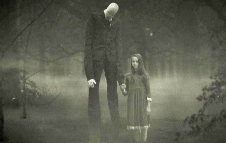 "Internet Mit Tv ""beware The Slenderman"": Gruseliger Trailer Zum Horror"
