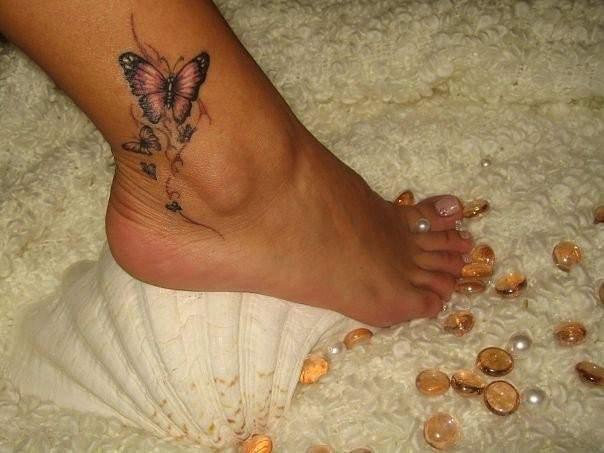 Красивые тату на ногу для девушек