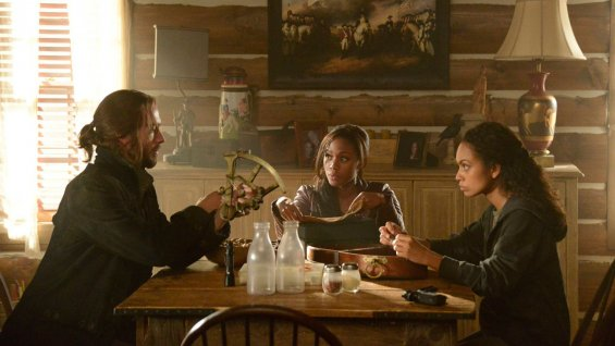 Ichabod, Abbie and Jenny on Sleepy Hollow