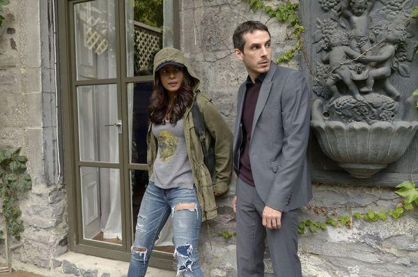 "Simon Asher (Tate Ellington) and fugitive Alex Parrish (Priyanka Chopra) on the Quantico episode ""Kill."""