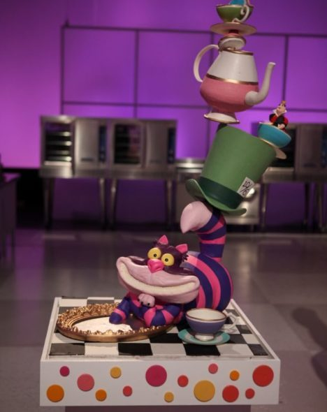 Cake Decorating Shows Food Network : Cake Wars: New Season Coming in June to Food Network ...