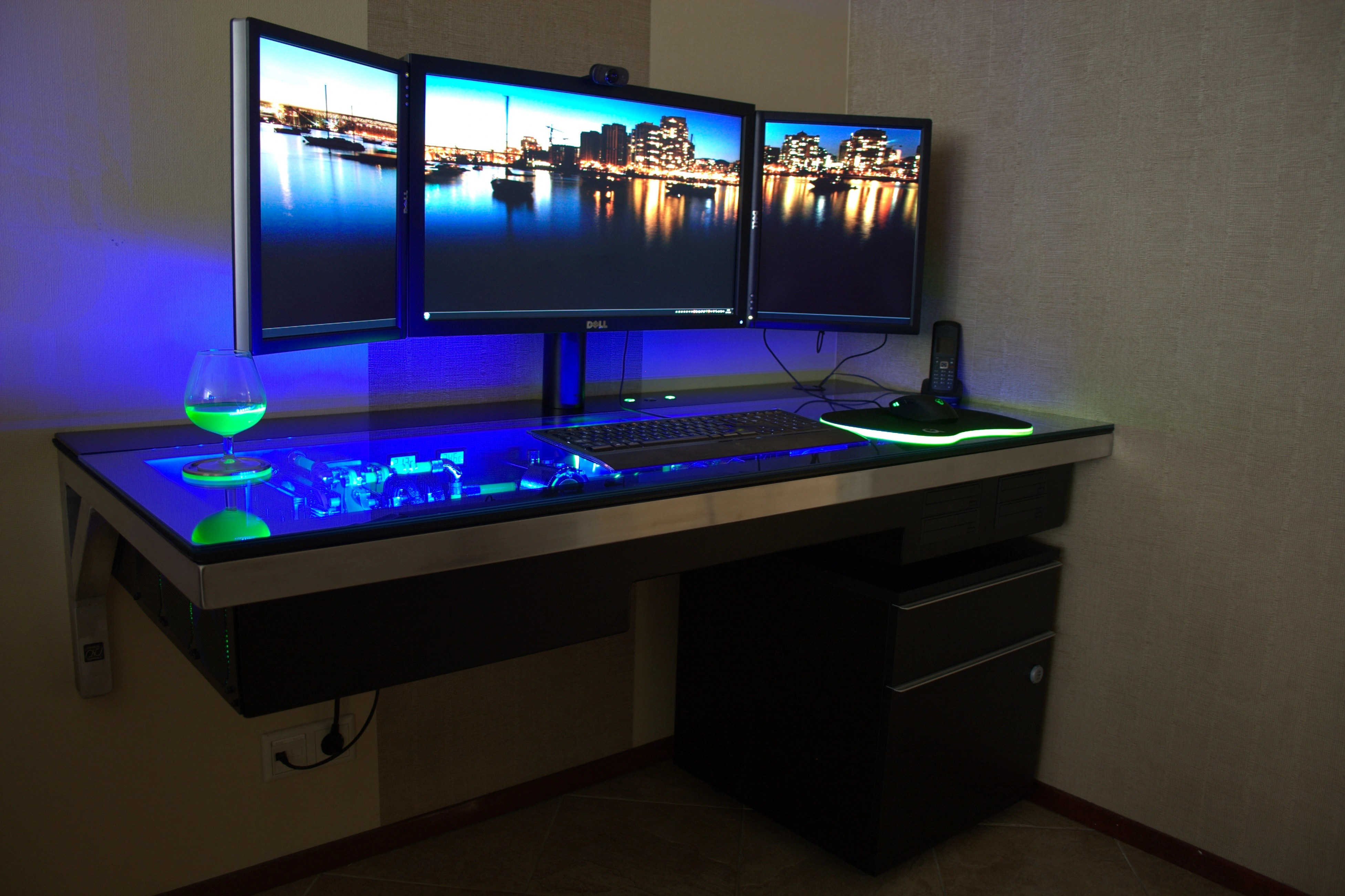 Table Pc This Is A Table With A Built In Pc Case Gaming