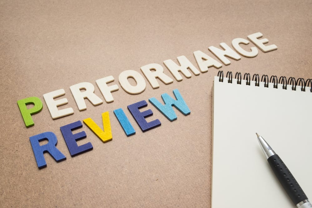 The Pros and Cons of Giving Regular Performance Reviews Tweak Your Biz