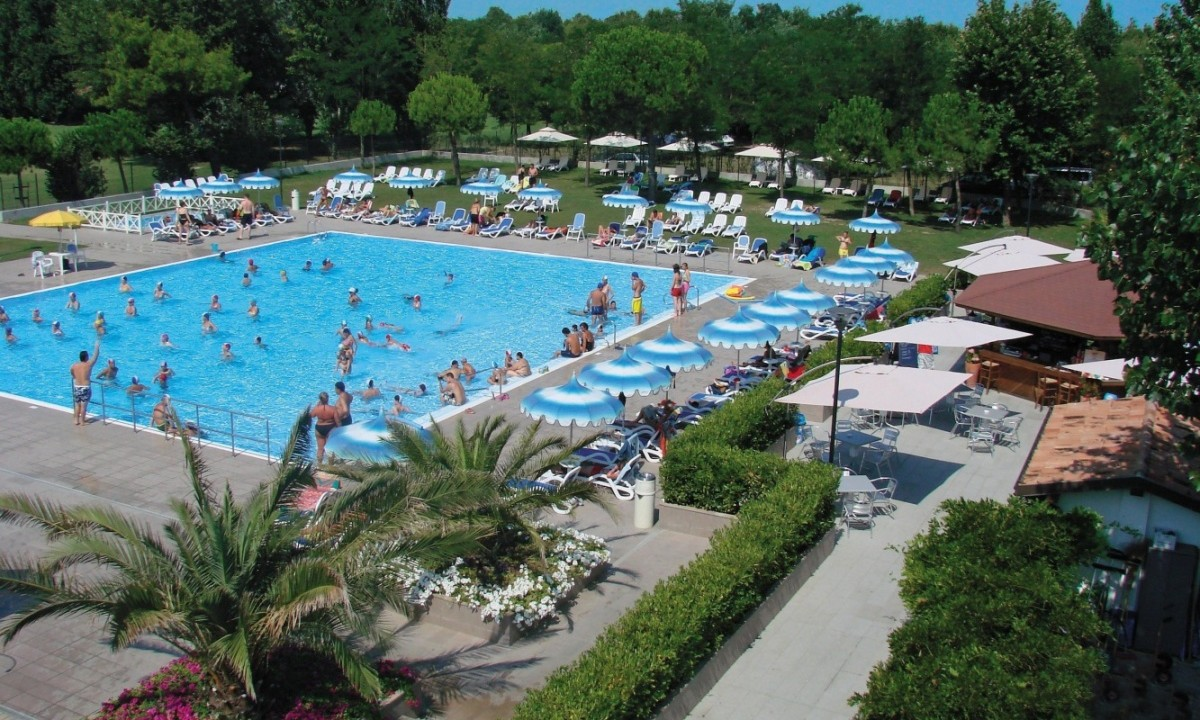 Camping Toscaanse Kust Zwembad Camping Rubicone Adriatische Kust Italië Go4holiday