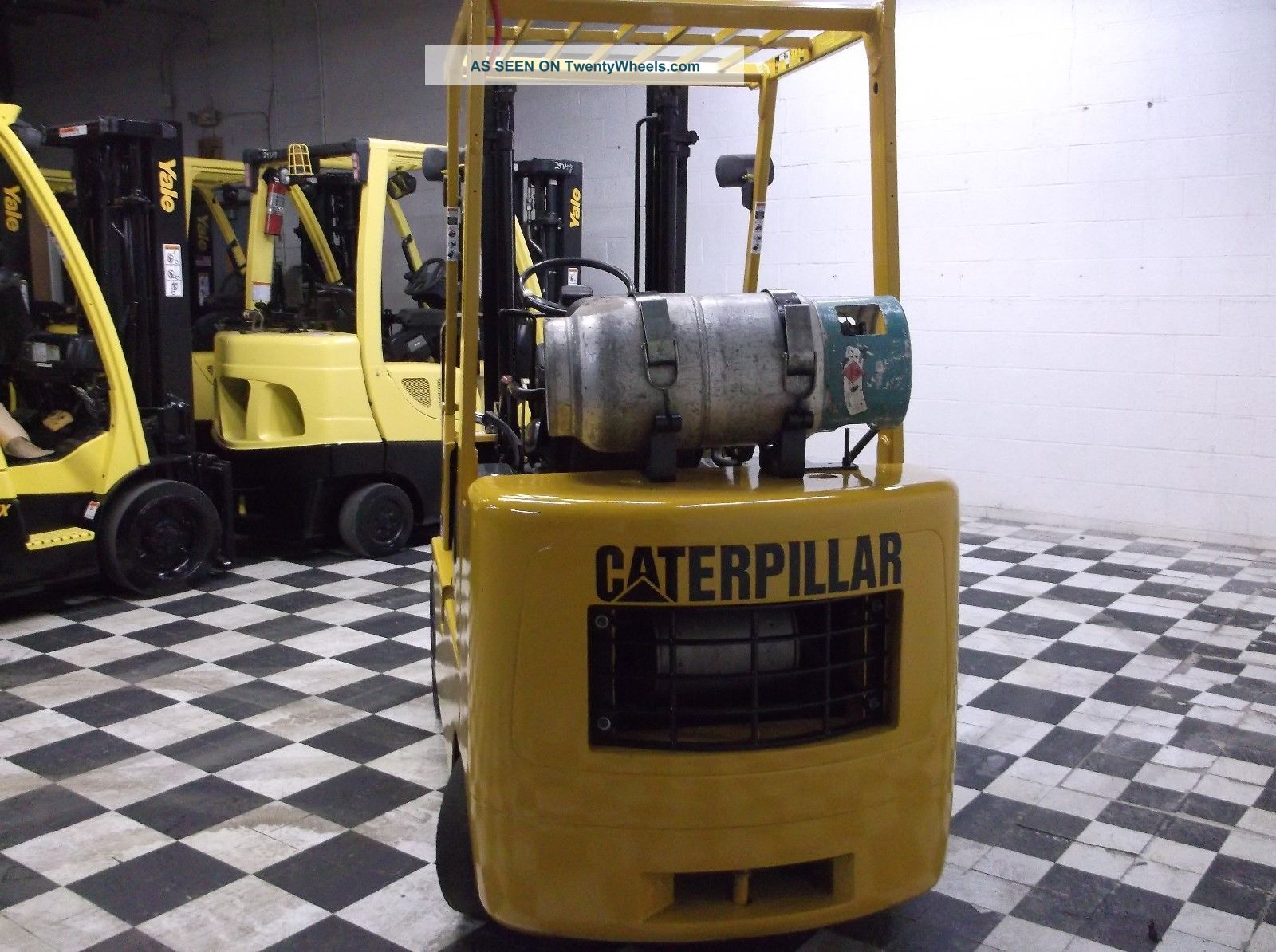Caterpillar 5000 Lb Forklift Cushion Tires Side Shift