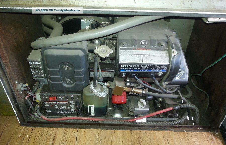 1990 Gmc Value Van 35