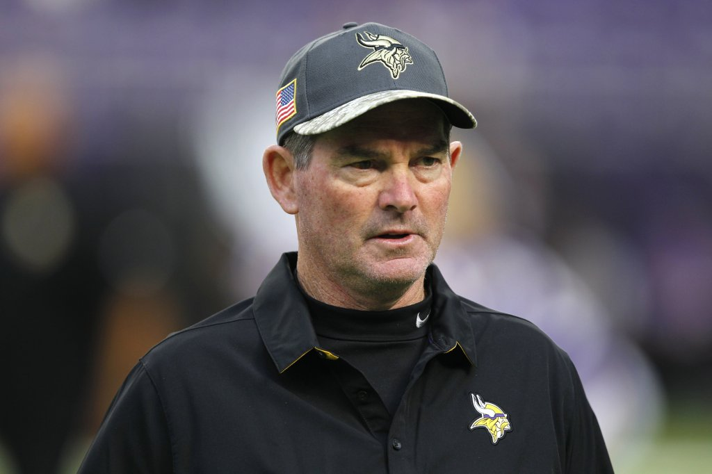 Zimmer Tumblr Mike Zimmer, Wearing Eye Patch, Coaches Vikings Practice