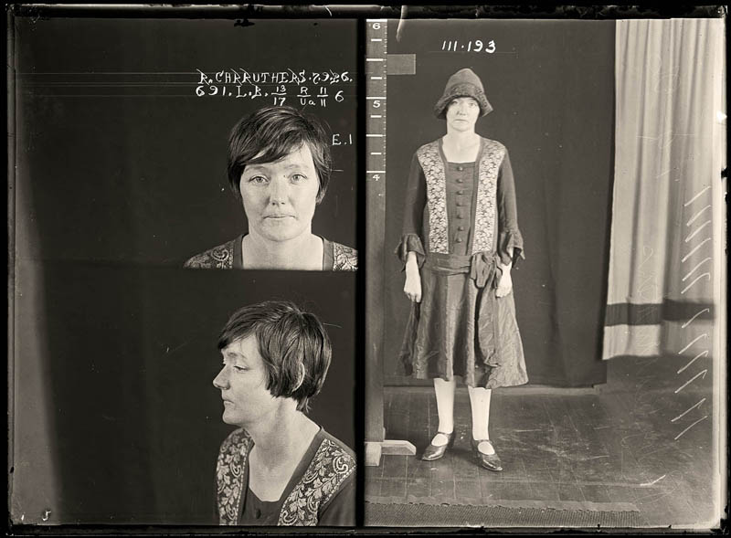 Criminal Girls Wallpaper 1920 Femme Fatales 35 Vintage Female Mug Shots 171 Twistedsifter