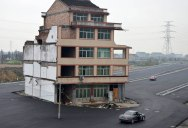 Houses Built on Roof of Shopping Mall in China