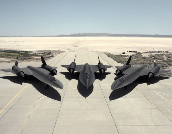 The Fastest plane lockheed SR-71 Blackbird fastest plane in the world (7)