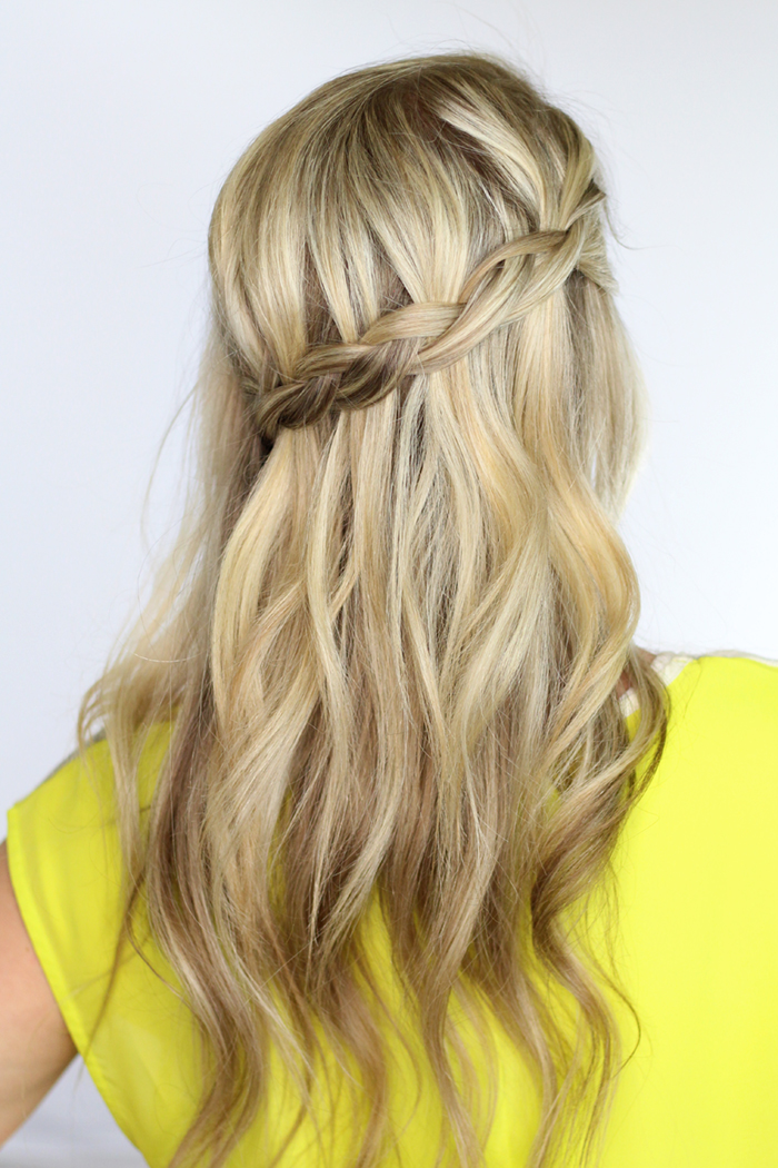 Easy Fast Hairstyles Dutch Waterfall Braid Twist Me Pretty