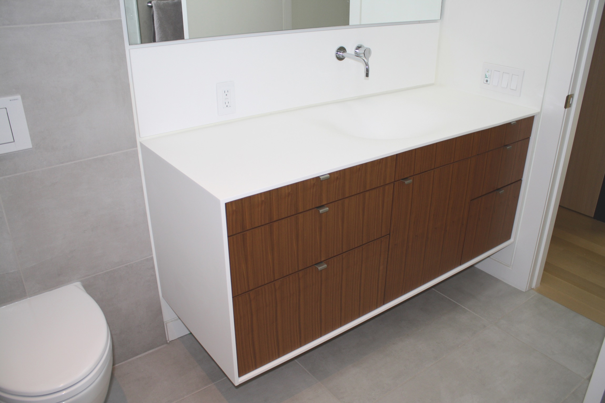 Vanishing Custom Thermoformed Corian Sink Two And Two Design