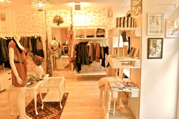 Boutique Einrichtung M54 Boutique – Two In A Row
